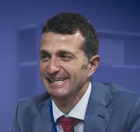 Dr. Antonio Huete Allut - SOANNE Sociedad Andaluza de Neurocirugía